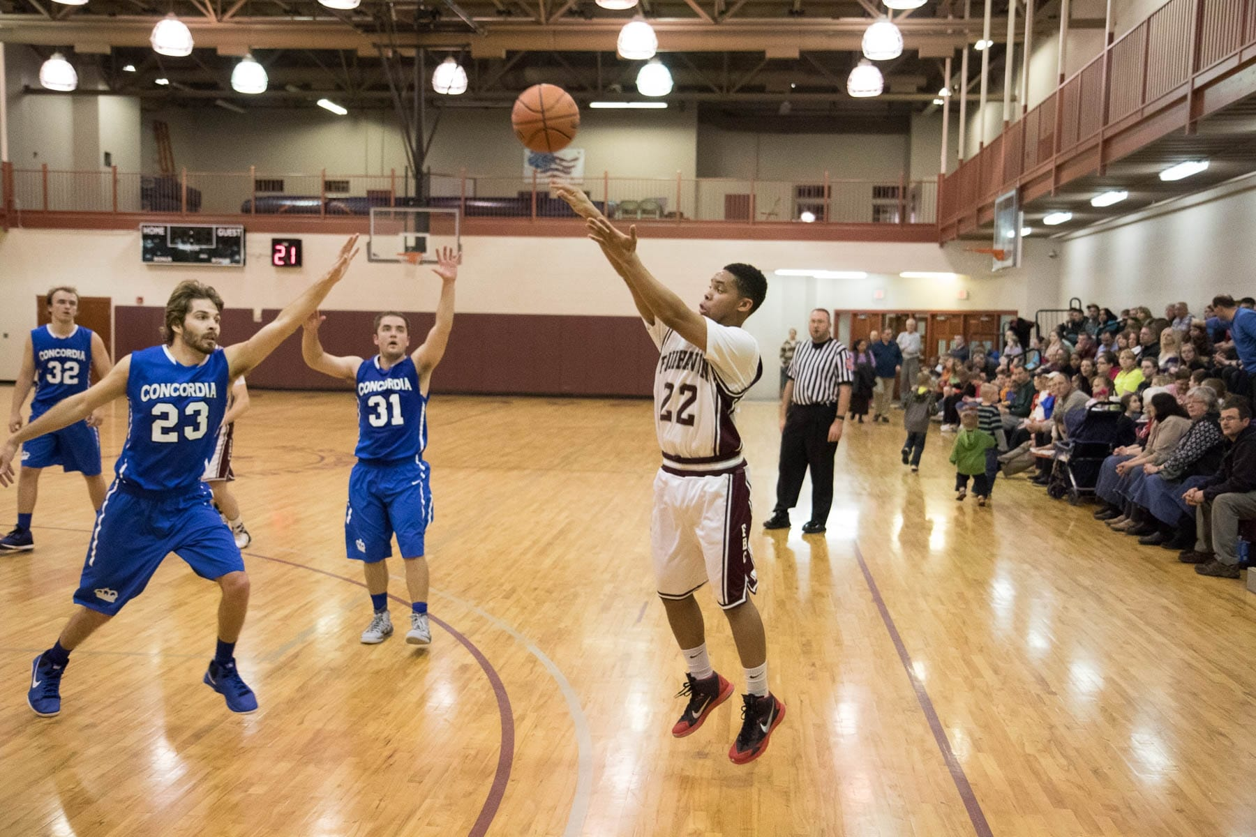 Fairhaven Baptist College Basketball (9 of 12)